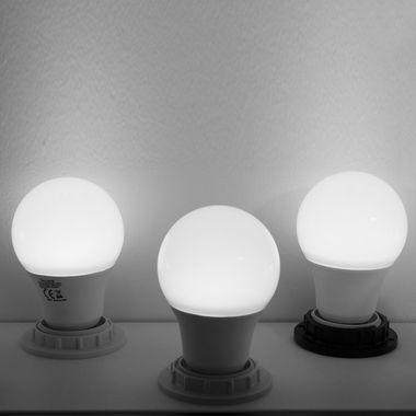 Taloya® 9W LED E27 900lm Ballform milchig wie 60W Leuchtmittel – Bild 4