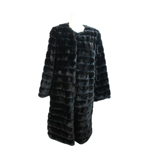 HIP Damen Fellmantel Kunstfell Kunstpelz Fell Blogger Mantel in Pelz Optik Faux Fur  – Bild 8