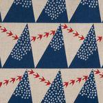 Baumwolle Leinen Canvas bedruckt mit Bergen und Vögeln in blau, silber und rot  001