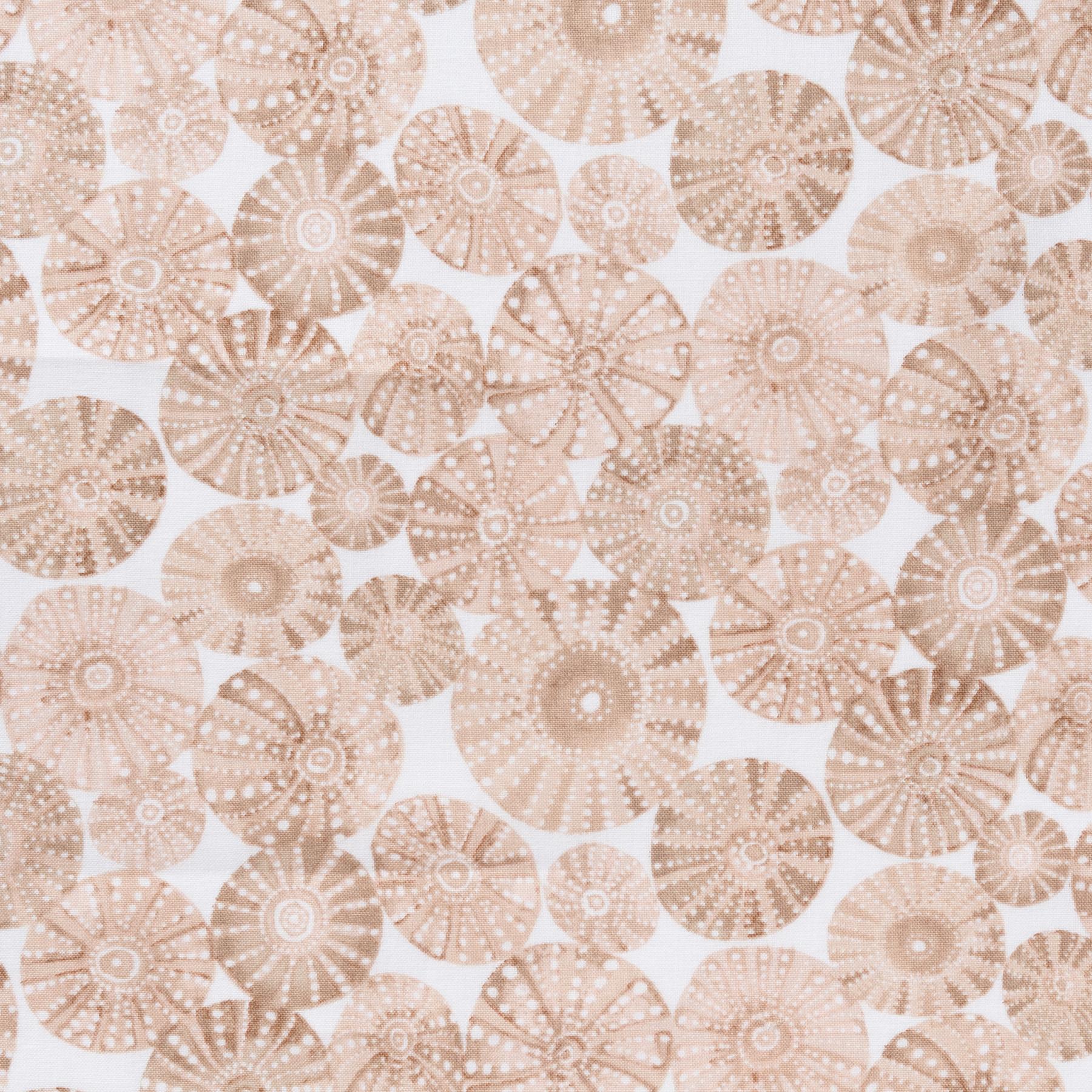 Baumwolle Popeline mit Korallen in braun beige auf weiß