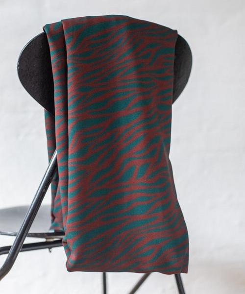 Viskose Blusenstoff Animalprint in rot und grün