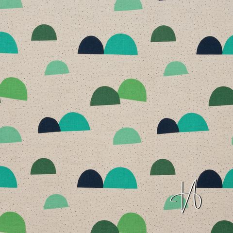 Baumwolle Leinen Canvas Berge Hügel blau grün auf beige natur