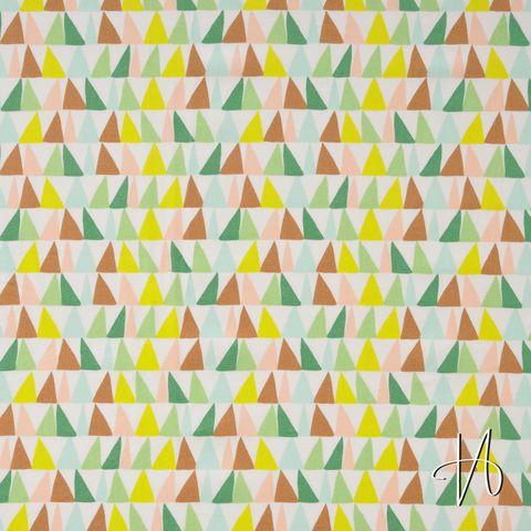 Baumwolle Popeline Dreiecke grün rosa braun auf weiß
