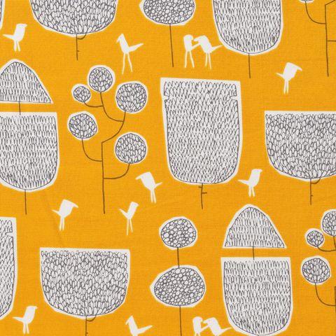 Feine Bio Baumwolle GOTS Bäume und Vögel auf gelb