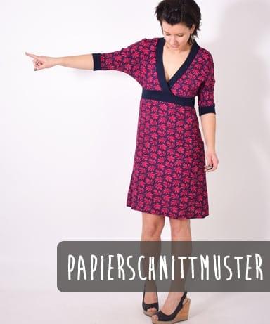 Kleid mit V Ausschnitt und halblangen Ärmeln Papierschnitt