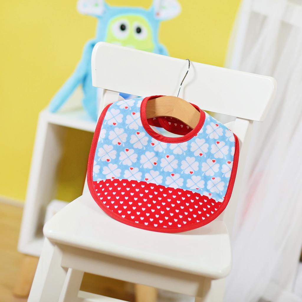 Kleckern erlaubt: Lätzchen nähen für Babys