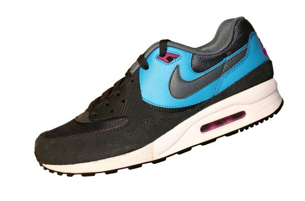 Nike Air Max Light Essential 631722 schwarz 014 Sneaker