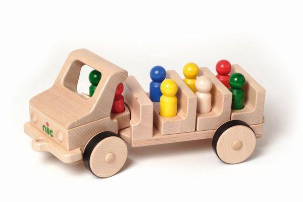 NIC Creamobil Omnibus