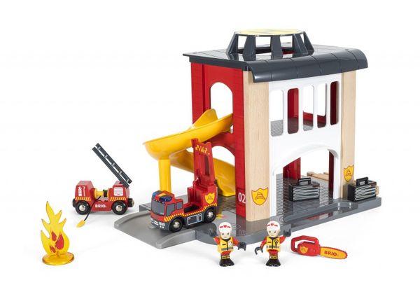 BRIO Große Feuerwehr-Station