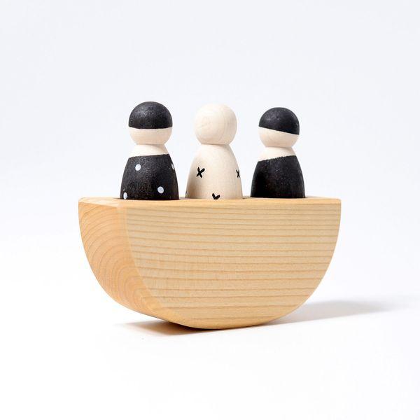Grimms Drei Freunde im Boot Monochrom