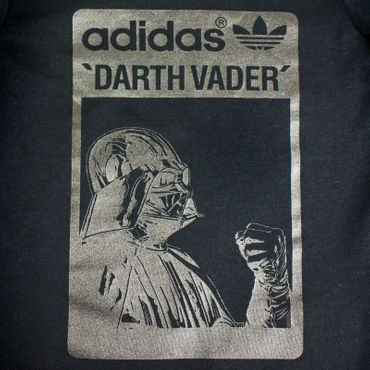 ADIDAS ORIGINALS Star Wars Darth Vader Kinder Shirt – Bild 2
