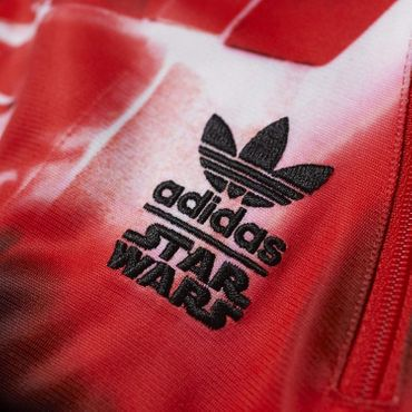 ADIDAS ORIGINALS X STAR WARS Darth Vader Firebird TT – Bild 4