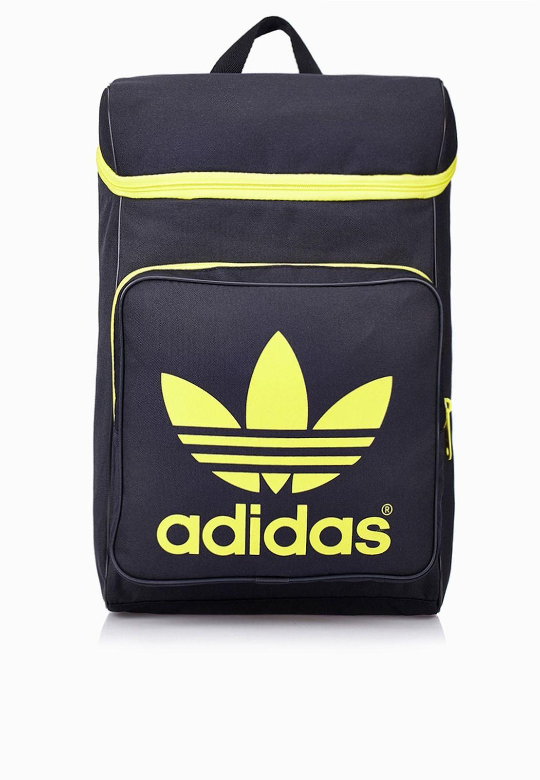 adf55075a2f80 adidas Originals Classic Trefoil Backpack Rucksack Freizeit Schule ...