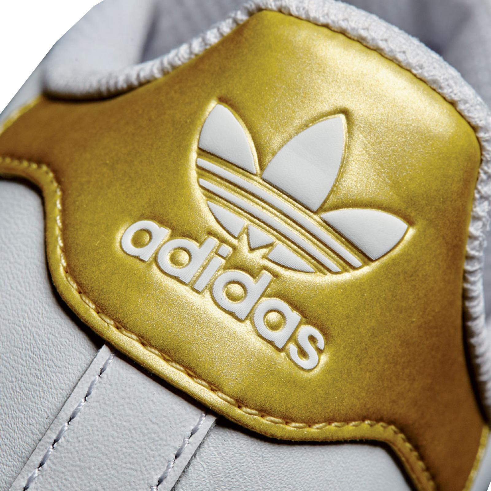 Goldene Vintage adidas Originals Damenschuhe