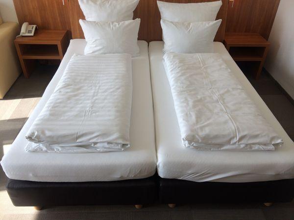Hotelbett Boxspringbett 180x200cm, Bett incl. Matratze, Box: Leinenstruktur – Bild 2