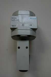 FESTO - Abzweigmodul FRM-D-MAXI + Druckschalter PEV-1/4-B - 164956