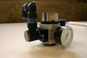 FESTO - Druckregelventil LR-D-7-MIDI 1Zoll + Pneumatikzylinder EG-25-10 - 162585