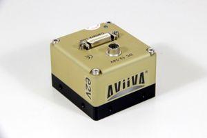 e2V AVIIVA SM2 CL 4010 - Monochrome Zeilenkamera 4096 Pixel - AT71SM2CL4010-BA0 – Bild 1
