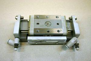 SMC - Präzisions-Schlitteneinheit - MXP16-30 - geb.