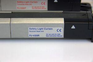 KEYENCE - Sicherheits-Lichtvorhang - PJ-V20 - 140mm 0-7m – Bild 2