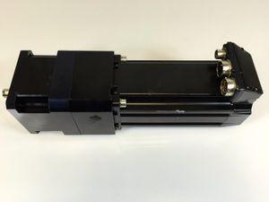 Allen Bradley - AC Servo Motor  MPL-B430P-HJ24AA + GEARBOX – Bild 1