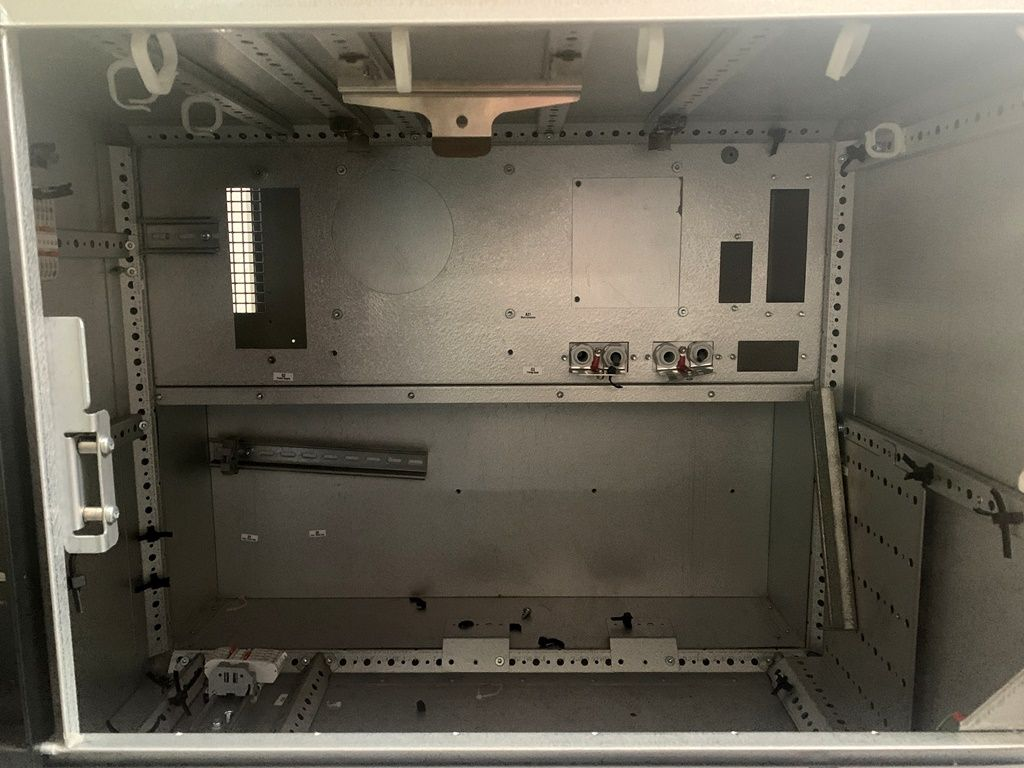 Details about Abb Control Box IRC5 M2004 Control Module -leer on