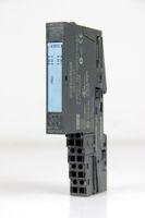 SIEMENS S7 Digital Ausgabemodul 6ES7 132-4BD01-0AA0 E1 + Terminalmodul TM-E15C24