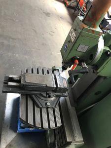 Universal-Werkzeugfräsmaschine MAHO MH 300  – Bild 5