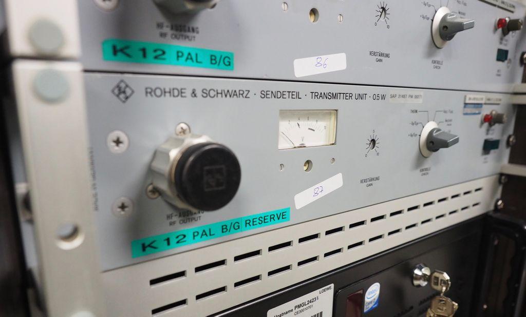 Rohde & Schwarz Sendeteil  Transmitter Unit 0.5 W BN 416103/2/60 #87