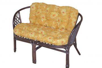 2-Sitzer Rattanbank mit Kissen 9091.11-B in braun gebeizt/lackiert mit gelben Kissen im Blumen-Design von Heinz Hofmann
