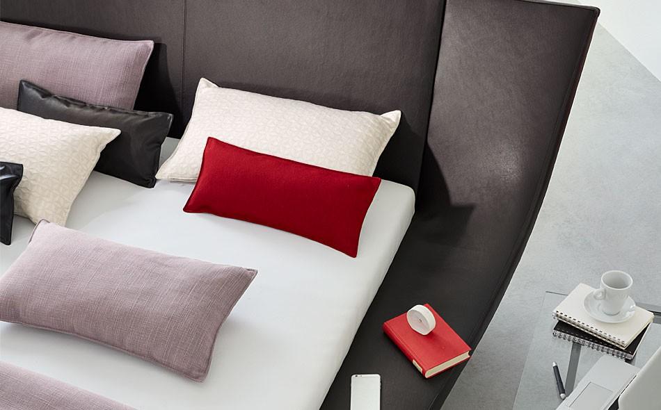 ruf polsterbett cocoon hersteller ruf polsterbetten cocoon. Black Bedroom Furniture Sets. Home Design Ideas