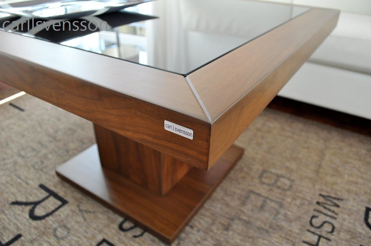 design couchtisch s 360 nussbaum walnuss get ntes glas carl svensson couchtische nussbaum. Black Bedroom Furniture Sets. Home Design Ideas