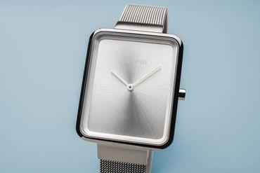 BERING Damen-Armbanduhr Analog Quarz 14528-000