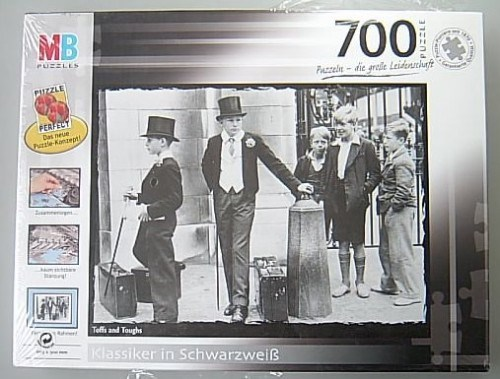 MB Puzzle Black + White 700 Teile Toffs and Toughs NEU