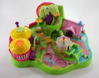 Polly Pocket Magical Movin' Fairyland mit 2 Figuren Feen Feenland (A-D-8) – Bild 1