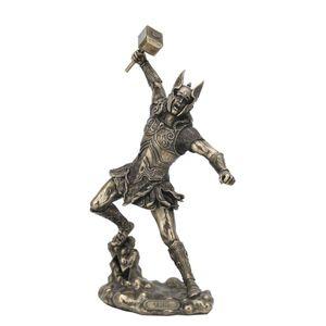 Nordischer Donnergott Thor in Rüstung schlägt mit Hammer 32cm – Bild 1