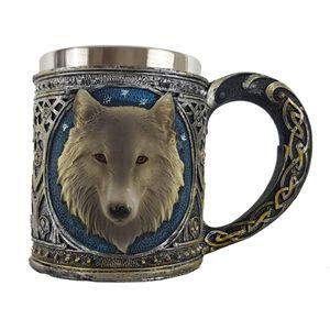 Keltischer Krug mit Wolfskopf und Metalleinsatz – Bild 1