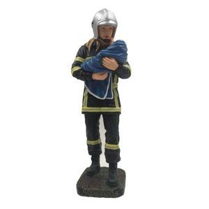 Weibliche Feuerwehr Frau mit geretteten Baby 20cm – Bild 1