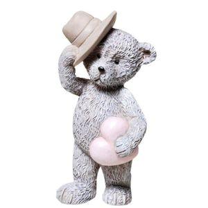 Ein Bärchen mit Hut und Herz 8,5cm