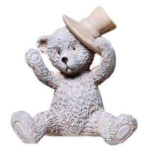 Sitzender Bär mit Hut 6,5cm