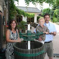 Winzersekt Weingut Lorenz Kunz VDP.Gutssekt Chardonnay 2012 extra dry (3x0,75)   – Bild 4