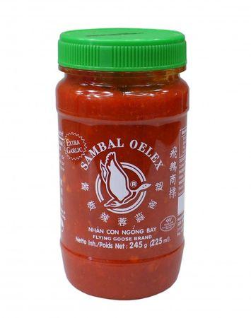 [ 245g ] FLYING GOOSE Sambal Oelek Chilipaste mit extra Knoblauch / extra garlic