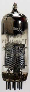 EF80 Pentode. Eine Radioröhre von Philips Miniwatt. ID1091