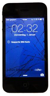 Apple iPhone 4GS, schwarz, Displayglas defekt, Lieferung mit Ladekabel und Kfz.-Ladeadapter. ID19166