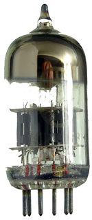 6N2P (6Н2П) Audio-Doppeltriode (~ECC83). Ein russisches Radioröhren-Fabrikat. ID240