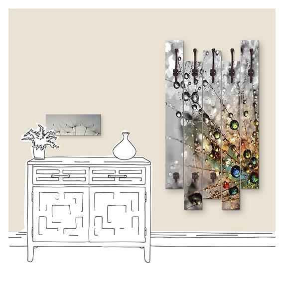 Wandgarderobe mit Pusteblumen Motiv neben Kommode im Flur von Artland im Onlineshop Artgalerie Bildershop