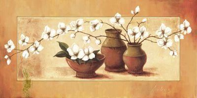 A. S.: Weiße Kirschblüten in roten Vasen II - Bild mit Modellrahmen 51,4 x 101,4 cm