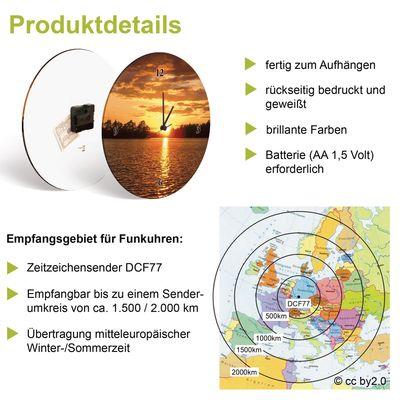 Anna Subbotina: Oliven vor einem Holzhintergrund - Wanduhr auf Glas Ø 35 cm