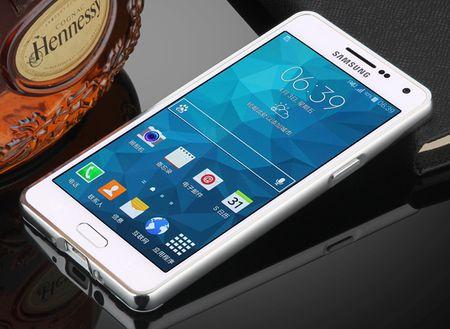 Samsung Galaxy J3 2017 Alu-Bumper Mirror mit Spiegel-Rücken Metall Bumper Case Hülle Aluminium SILBER – Bild 2