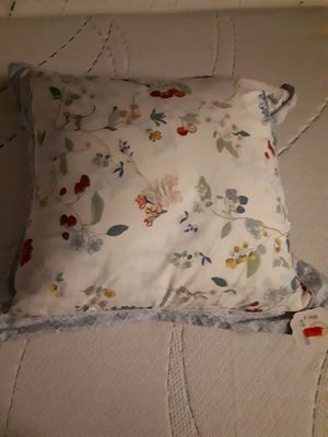 Dekokissen / PIP Hummingbirds Star White Cushion
